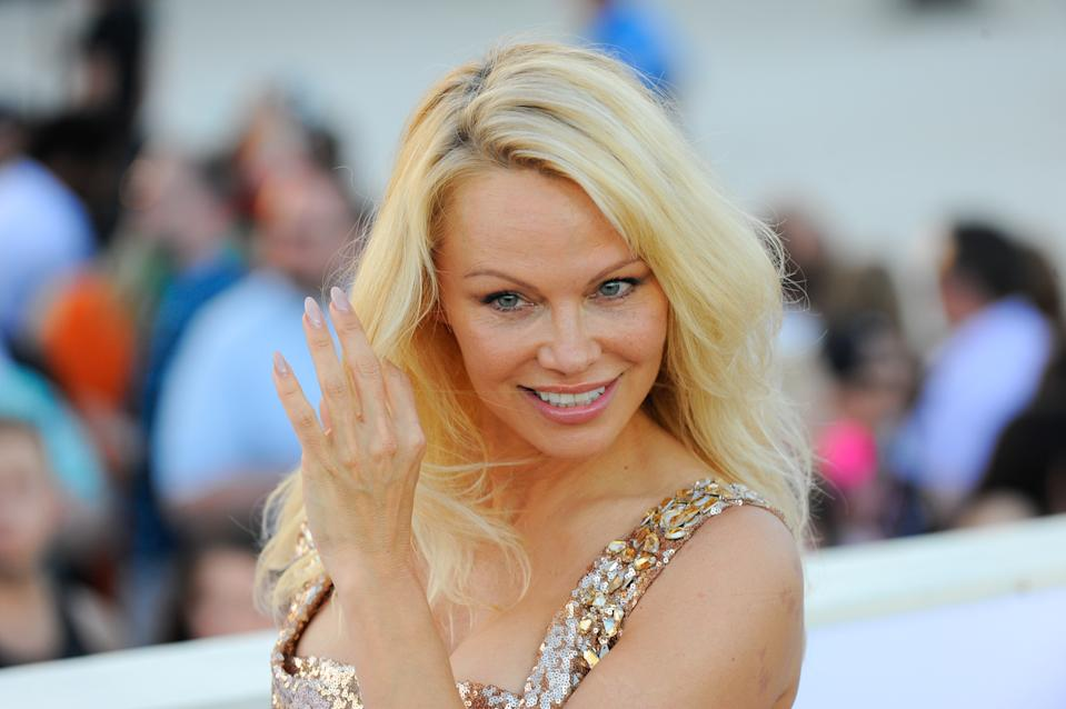 MIAMI, FL - MAY 13:  Pamela Anderson attends Paramount Pictures' World Premiere of 'Baywatch'on May 13, 2017 in Miami Beach, Florida.  (Photo by Sergi Alexander/WireImage)