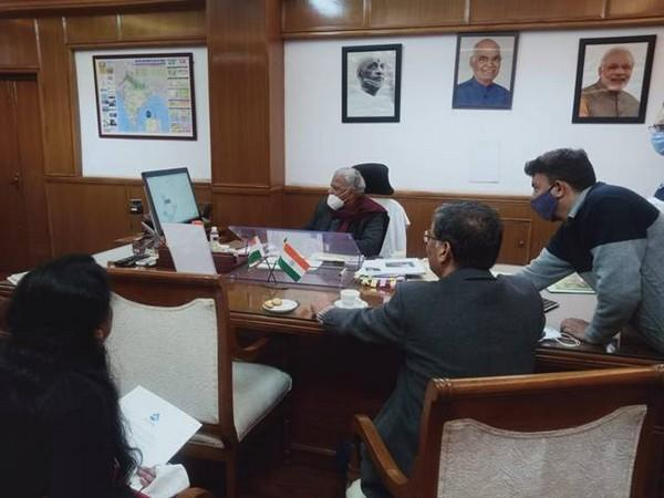 MoS Rattan Lal Kataria reviewed the progress of National Jal Jeevan Mission (Photo: PIB)