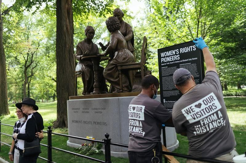Central Park monument honours women's rights pioneers