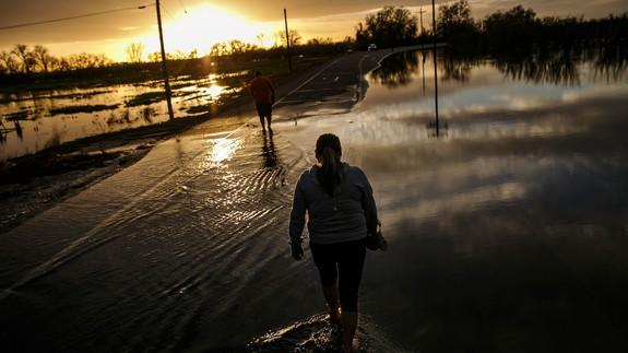 """<img alt=""""""""/><p>It's hard to believe that after five years of record drought, many Californians are hoping that this winter's weekly deluges will come to a swift conclusion. The latest storm, which struck over the weekend and ended on Tuesday, has forced thousands to evacuate, including urban residents in San Jose, as floodwaters continue to rise and levees are strained.</p> <p>This winter demonstrates how too much of a good thing — in this case, rain and mountain snow — can lead to severe problems.</p> <div><p>SEE ALSO: <a rel=""""nofollow"""" href=""""http://mashable.com/2017/02/13/drone-footage-california-oroville-dam/?utm_campaign=mash-prod-synd-apple-all-full&utm_cid=mash-prod-synd-apple-all-full"""">Insane drone footage shows massive damage and flooding at California's Oroville Dam</a></p></div> <p>This is increasingly important, since human-caused global warming is already causing both ends of the weather extremes spectrum — too little water and too much — to occur more frequently and with greater intensity.</p> <p>So, what is it about these California storms that separates them from ordinary low pressure systems that affect other parts of the country?</p> <p><img title=""""The Oroville Dam spillway releases 100,000 cubic feet of water per second down the main spillway in Oroville, California on February 13, 2017."""" alt=""""The Oroville Dam spillway releases 100,000 cubic feet of water per second down the main spillway in Oroville, California on February 13, 2017.""""></p> <p>The Oroville Dam spillway releases 100,000 cubic feet of water per second down the main spillway in Oroville, California on February 13, 2017.</p><div><p>Image:  JOSH EDELSON/AFP/Getty Images</p></div><p>First, there is the amount of moisture they're carrying, and where this moisture originates. The cause of California's drought-busting flood woes lies thousands of miles off the Pacific coast, near Hawaii.</p> <p>It's in this area that so-called """"atmospheric rivers"""" are born, and for this reason, such storms """