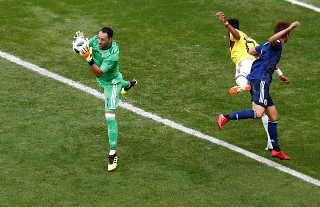 Soccer Football - World Cup - Group H - Colombia vs Japan - Mordovia Arena, Saransk, Russia - June 19, 2018 Colombia's David Ospina and Johan Mojica in action with Japan's Genki Haraguchi REUTERS/Damir Sagolj