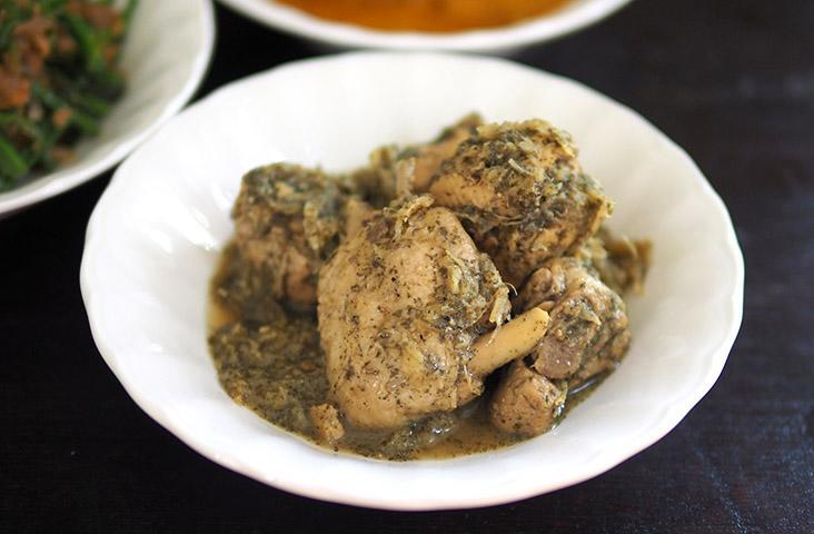Try the 'ayam kacangma', a confinement dish from the Hakkas in Sarawak that is made from dried motherwort herbs, ginger and rice wine. – Pictures by Lee Khang Yi