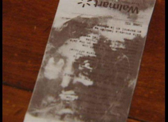 """A couple claimed their <a href=""""http://www.huffingtonpost.com/2011/07/18/jesus-in-walmart-receipt_n_901548.html"""" target=""""_hplink"""">Walmart receipt contained the face of the Son of God</a>."""