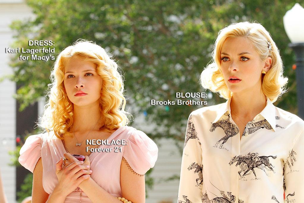 "Claudia Lee as Magnolia Breeland and Jaime King as Lemon Breeland in the Season 1 episode ""Hairdos and Holidays."""