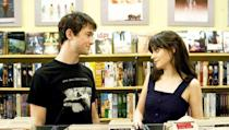 <p> Its a bit of an anti-romantic comedy really, but theres nothing wrong with breaking the mould. Joseph Gordon-Levitt's hopeless romantic falls for new girl Zooey Deschanel, before embarking on a rocky relationship. Looking more at how people grow in relationships as opposed to just knockabout gags about love, it's a funny and relatable film with two immensely likeable leads. </p>