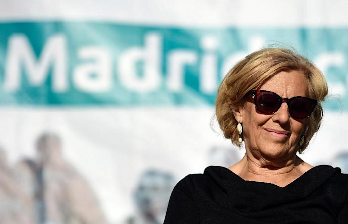 Ahora Madrid citizen platform's candidate for mayor of Madrid Manuela Carmena takes part in an electoral campaign meeting in Madrid on May 20, 2015 (AFP Photo/Gerard Julien)