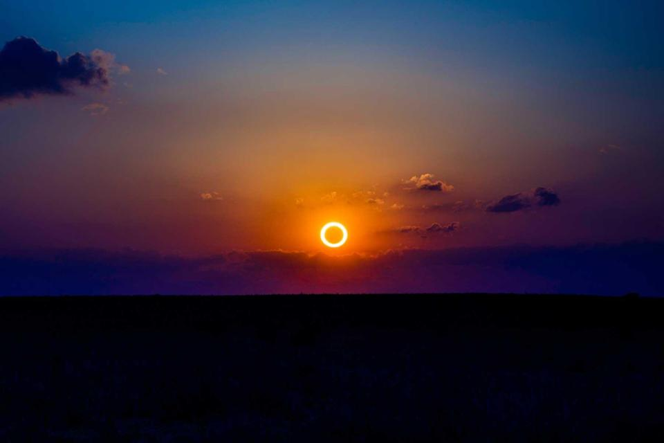Rare Annular Eclipse casts erie light over New Mexico landscape, May 20, 2012