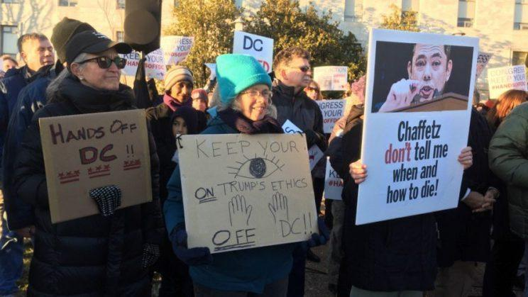 Protesters in favor of Washington, D.C.'s assisted suicide law gather outside congressional office buildings on Feb. 13. (Photo: Martin Austermuhle/WAMU)