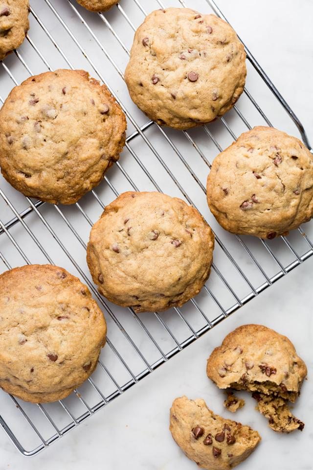 5 Copycat Chocolate Chip Cookie Recipes