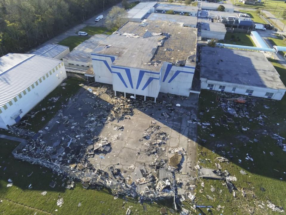 "<div class=""inline-image__caption""><p>St Bernard Middle School in Louisiana was ravaged by Hurricane Zeta.</p></div> <div class=""inline-image__credit"">Sandy Huffaker/Getty</div>"