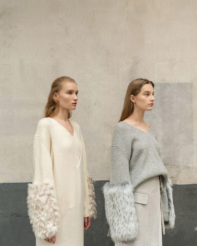 """<p>Los Angeles label Loéil was founded in 2015 and has remained one of the fashion world's best-kept secrets ever since. The brand prides itself on superb quality and effortless, understated minimalism but it's the trend-led separates that keep us coming back.</p><p><strong>We go there for:</strong> Knits, trousers and accessories that look like they've come straight off the catwalk.</p><p><a class=""""link rapid-noclick-resp"""" href=""""https://theloeil.com/"""" rel=""""nofollow noopener"""" target=""""_blank"""" data-ylk=""""slk:SHOP LOÉIL"""">SHOP LOÉIL</a></p><p><a href=""""https://www.instagram.com/p/Brac0CxgVqf/?utm_source=ig_embed&utm_campaign=loading"""" rel=""""nofollow noopener"""" target=""""_blank"""" data-ylk=""""slk:See the original post on Instagram"""" class=""""link rapid-noclick-resp"""">See the original post on Instagram</a></p>"""