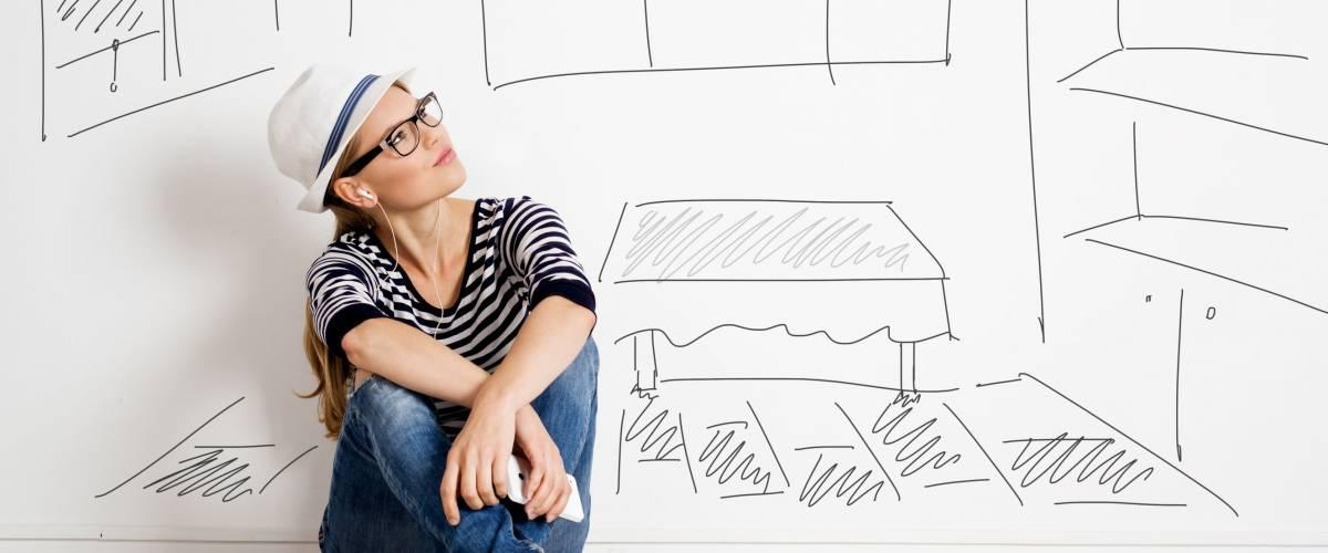 <cite>Stasique / Shutterstock</cite> <br>Invest your extra money to buy your dream home<br>