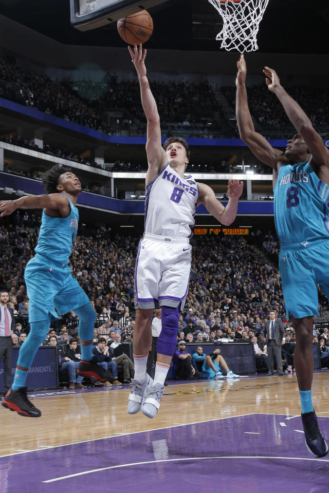 SACRAMENTO, CA - JANUARY 12: Bogdan Bogdanovic #8 of the Sacramento Kings shoots the ball against the Charlotte Hornets on January 12, 2019 at Golden 1 Center in Sacramento, California. (Photo by Rocky Widner/NBAE via Getty Images)