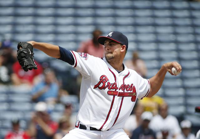 Atlanta Braves starting pitcher Mike Minor (36) works against the Seattle Mariners in the first inning of a baseball game Wednesday, June 4, 2014 in Atlanta. (AP Photo/John Bazemore)