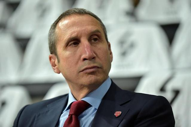David Blatt's Olympiakos were beaten by French club ASVEL on Friday in their opening game of this season's EuroLeague (AFP Photo/ROMAIN LAFABREGUE)