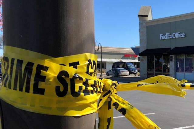 <p>A police crime scene tape blocks off a FedEx store which is closed, with police saying it may be linked to the overnight bomb at Schertz, Texas FedEx facility, in Austin, Texas, March 20, 2018. (Photo: Jon Herskovitz/Reuters) </p>