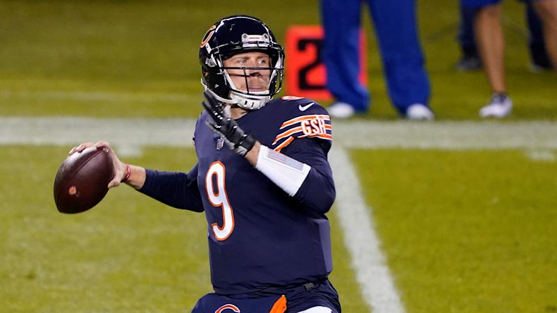 Under Center Podcast: Olin Kreutz on if the Bears can fix their O-line in season