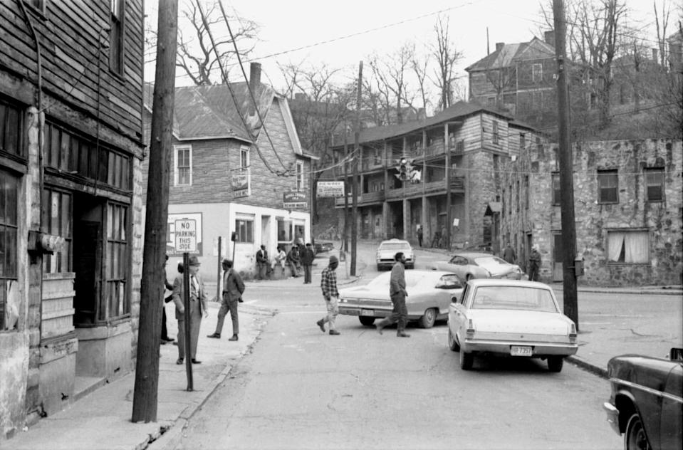 The East End neighborhood of Asheville, N.C., before buildings were demolished in the 1970s. (Andrea Clark / North Carolina Collection, Pack Memorial Public Library, Asheville, N.C.)