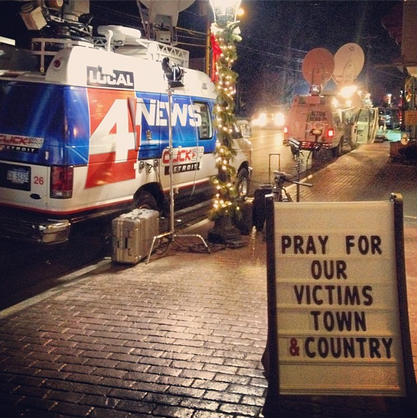 Detroit's Click 4 Local News team is in Newtown to cover the Sandy Hook shooting. (Dylan Stableford/Yahoo! News)