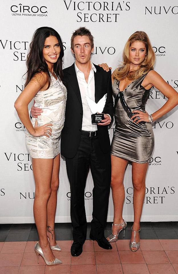 """""""Sexiest Newcomer"""" Robert Buckley is flanked by Victoria's Secret Angels Adriana Lima and Doutzen Kroes. Dimitrios Kambouris/<a href=""""http://www.wireimage.com"""" target=""""new"""">WireImage.com</a> - February 11, 2009"""