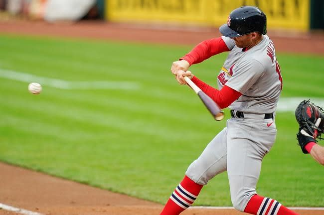 Miller drives in 7 as Cardinals pound Gray, Reds 16-2