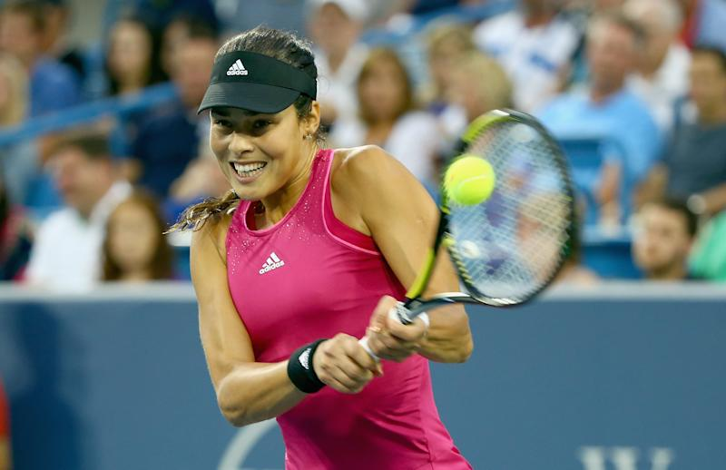 Tennis - Ivanovic ousts Sharapova in three-set thriller
