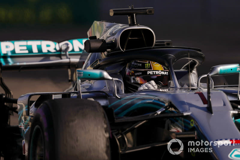 "Lewis Hamilton, Mercedes AMG F1 W09 EQ Power+<span class=""copyright"">Glenn Dunbar / Motorsport Images</span>"