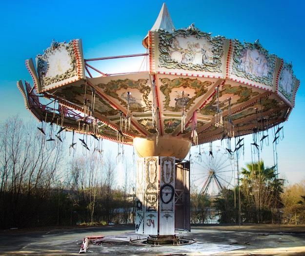 Abandoned Amusement Parks Are As Creepy As You'd Expect
