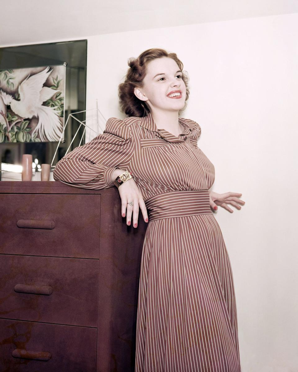 The actress in a tinted photo from around 1940.