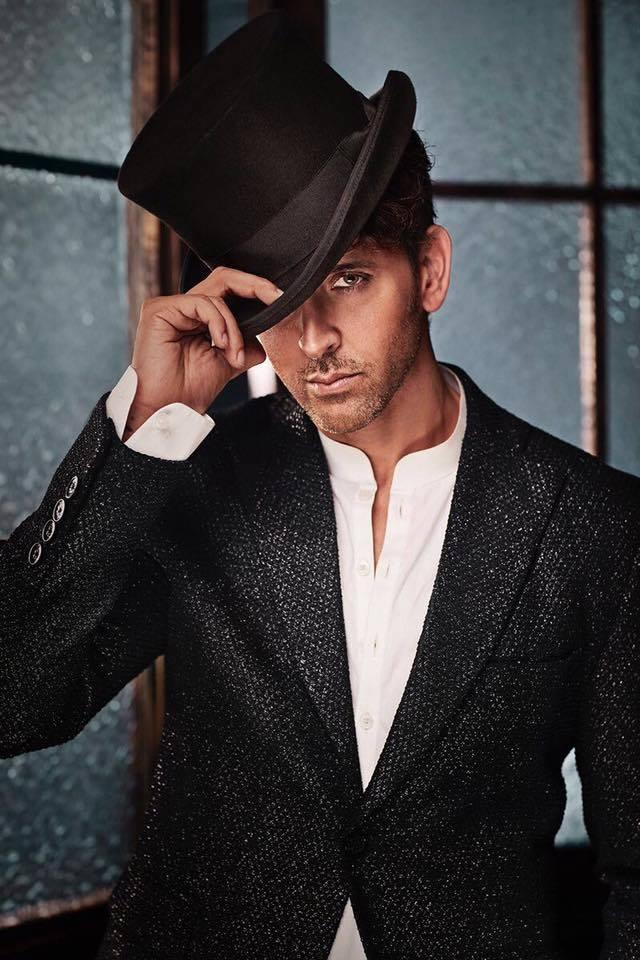 <p>Being an insider to the industry, and with an actor-producer for a dad, you'd think Hrithik must have drawn a handsome amount in his first paycheck. But, you are wrong. For his first gig, as a child artist in the movie Aasha, the star-kid was paid with a 100 rupee note. </p>