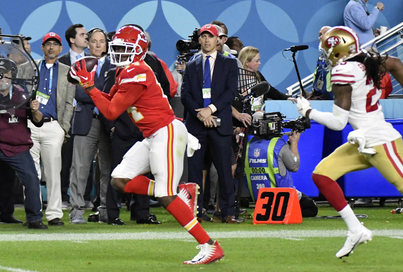 MIAMI, FLORIDA - FEBRUARY 02: Sammy Watkins #14 of the Kansas City Chiefs runs with the ball after catching a pass against the San Francisco 49ers in Super Bowl LIV at Hard Rock Stadium on February 02, 2020 in Miami, Florida. The Chiefs won the game 31-20. (Photo by Focus on Sport/Getty Images)