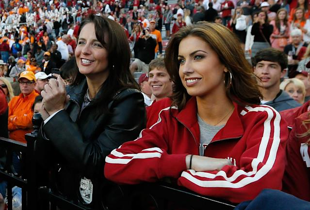 TUSCALOOSA, AL - OCTOBER 26: Dee Dee Bonner, mother of AJ McCarron #10 of the Alabama Crimson Tide, and girlfriend Katherine Webb wait for AJ after their 45-10 win over the Tennessee Volunteers at Bryant-Denny Stadium on October 26, 2013 in Tuscaloosa, Alabama. (Photo by Kevin C. Cox/Getty Images)