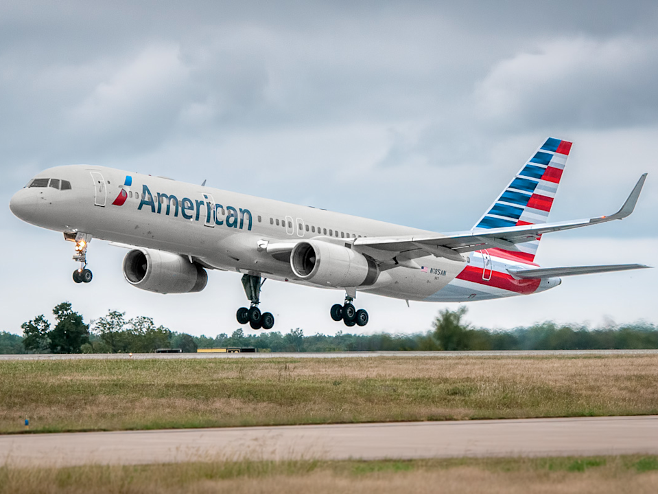 An American Airlines Boeing 757-200.