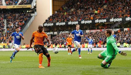 Soccer Football - Championship - Wolverhampton Wanderers vs Birmingham City - Molineux Stadium, Wolverhampton, Britain - April 15, 2018 Wolverhampton Wanderers' Benik Afobe scores their second goal Action Images via Reuters/Andrew Boyers