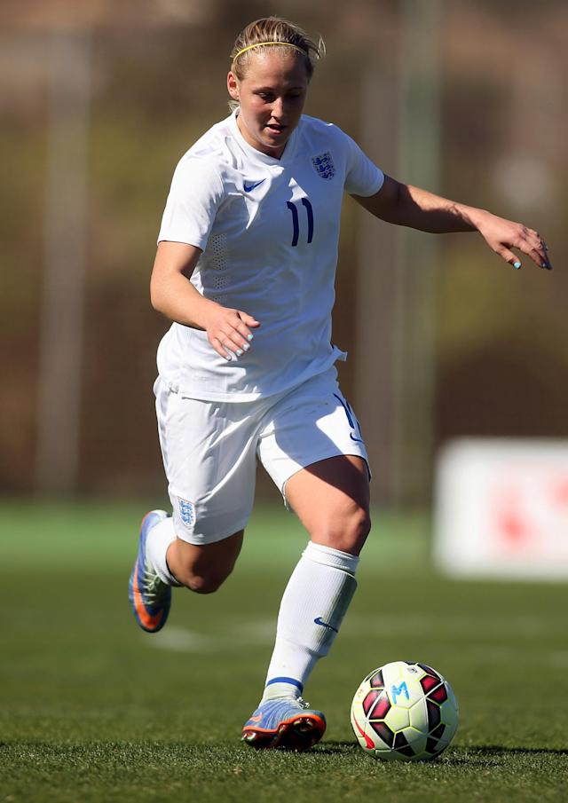LA MANGA, SPAIN - MARCH 04: Leah Galton (#11) of England in action during the women's U23 international friendly match between USA U20 and England U23 on March 4, 2016 in La Manga, Spain. (Photo by Johannes Simon/Bongarts/Getty Images)