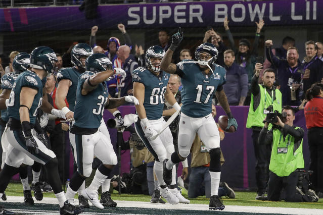 Philadelphia Eagles' Alshon Jeffery (17) celebrates his touchdown catch during the first half of Super Bowl LII. (AP)