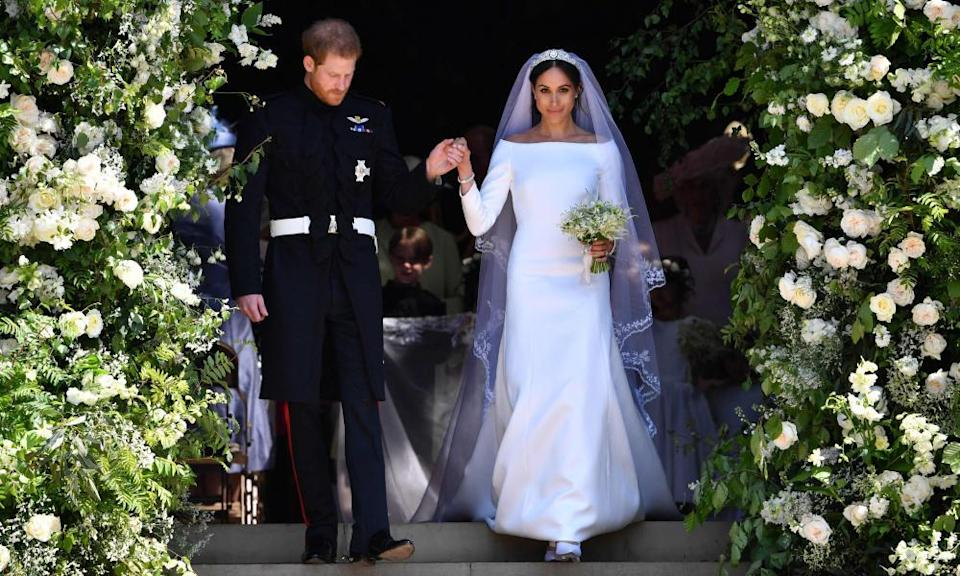 The Duke and Duchess of Sussex ob the steps of St George's Chapel, Windsor Castle, after their wedding