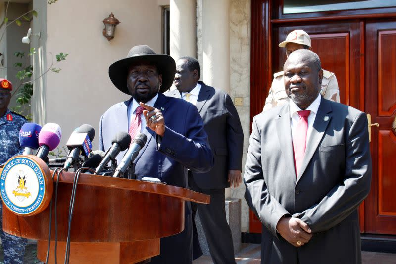 Pope, religious leaders, send South Sudan rivals Christmas peace appeal