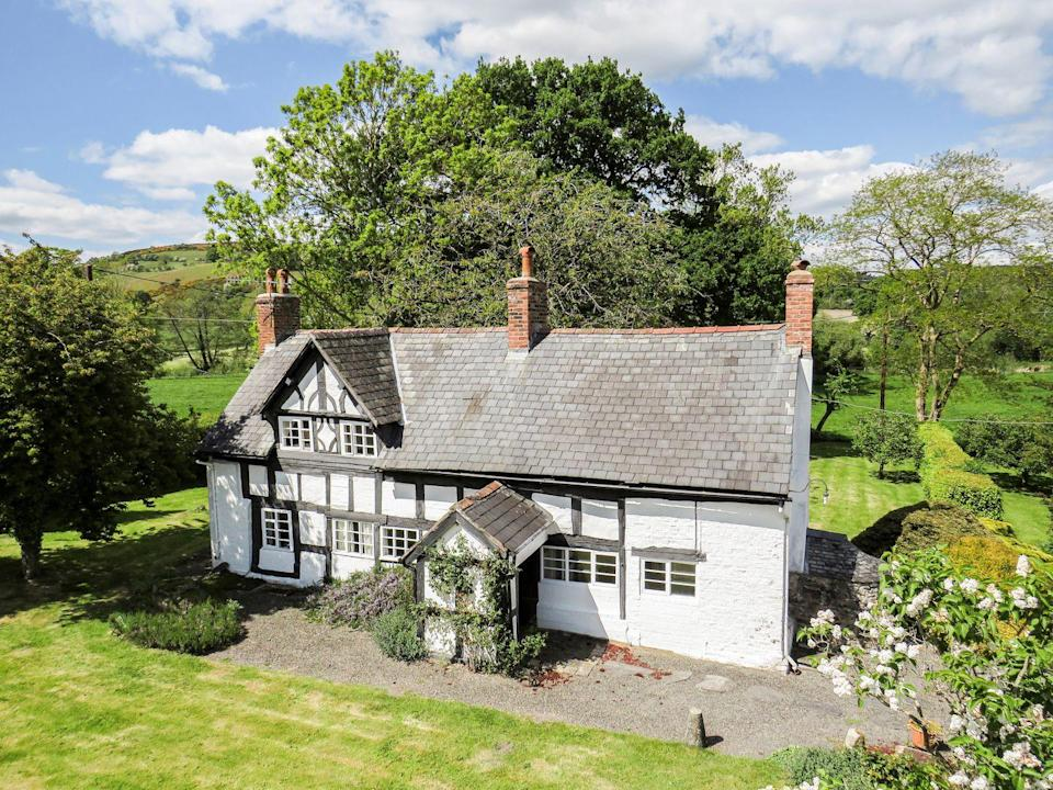"""<p>This property has a characterful exterior, plus charming interiors, spacious rooms and pretty gardens perfect for the whole family to enjoy. </p><p><a href=""""https://www.onthemarket.com/details/9012480/"""" rel=""""nofollow noopener"""" target=""""_blank"""" data-ylk=""""slk:This property is currently on the market for £285,000 with Strutt & Parker at OnTheMarket"""" class=""""link rapid-noclick-resp"""">This property is currently on the market for £285,000 with Strutt & Parker at OnTheMarket</a></p>"""