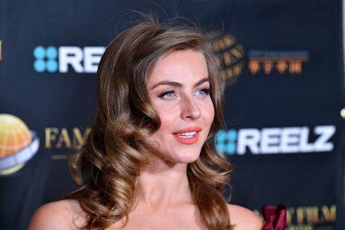 """Julianne, who is called to be a judge on the show, said on Instagram that while she was thrilled to be a part of something that shines a spotlight on and is all about sharing activists.  work, """"she understands the criticisms the show has received and agrees that she is not qualified for the role of judge.  She also admitted that she had done Blackface in 2013 & # x002014;  something that many people seem to be learning only now - and said it was a"""