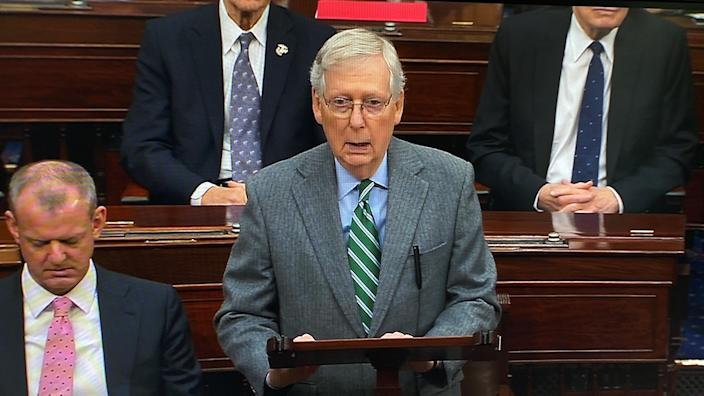Senate Majority Leader Mitch McConnell addresses Chief Justice John Roberts. (Photo: U.S. Senate TV/Reuters)