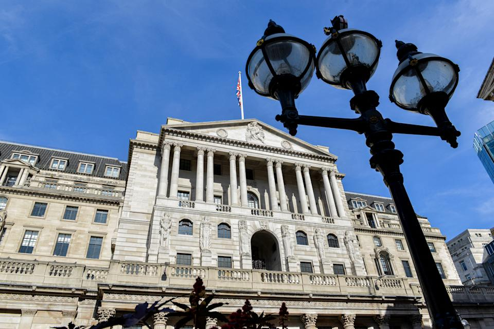 LONDON, UNITED KINGDOM - 2021/09/21: A general view of Bank of England on a clear sunny day as seen from Threadneedle Street. (Photo by Thomas Krych/SOPA Images/LightRocket via Getty Images)