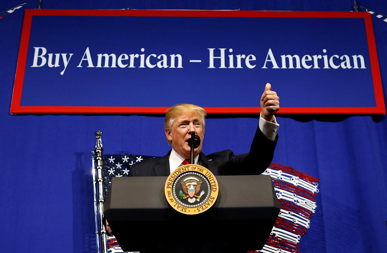 <p>U.S. President Donald Trump speaks before signing an executive order directing federal agencies to recommend changes to a temporary visa program used to bring foreign workers to the United States to fill high-skilled jobs during a visit to the world headquarters of Snap-On Inc, a tool manufacturer, in Kenosha, Wisconsin, April 18, 2017. (Photo: Kevin Lamarque/Reuters) </p>
