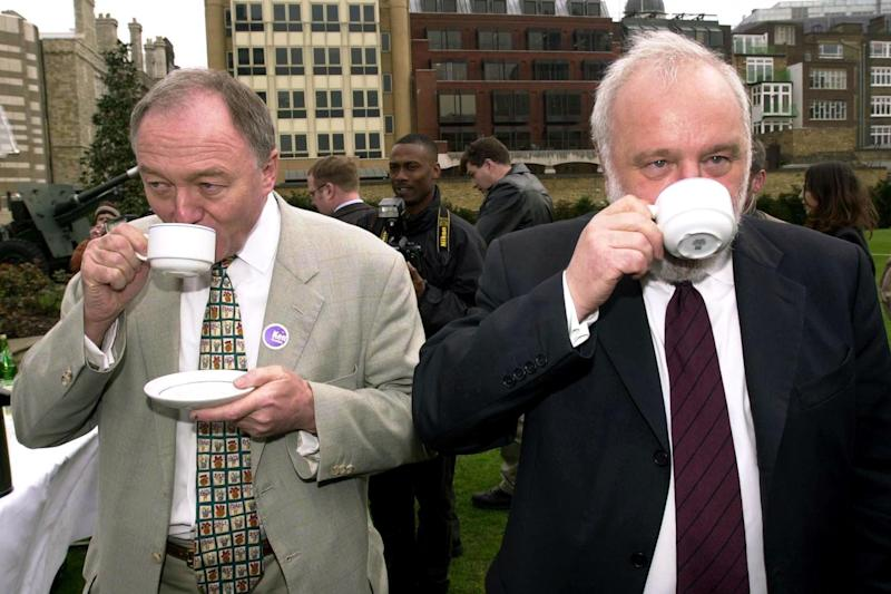 The then London Mayoral candidates Frank Dobson (right) and Ken Livingstone (PA Wire/PA Images)