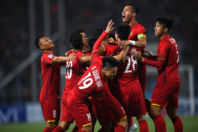 Vietnam's early goal in the Suzuki Cup final against Malaysia in Hanoi was enough to clinch the match