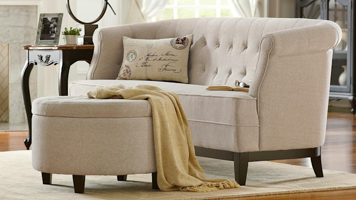 Although reviewers love this couch, they warn it's pretty firm, so think twice before volunteering to sleep on it over Thanksgiving.