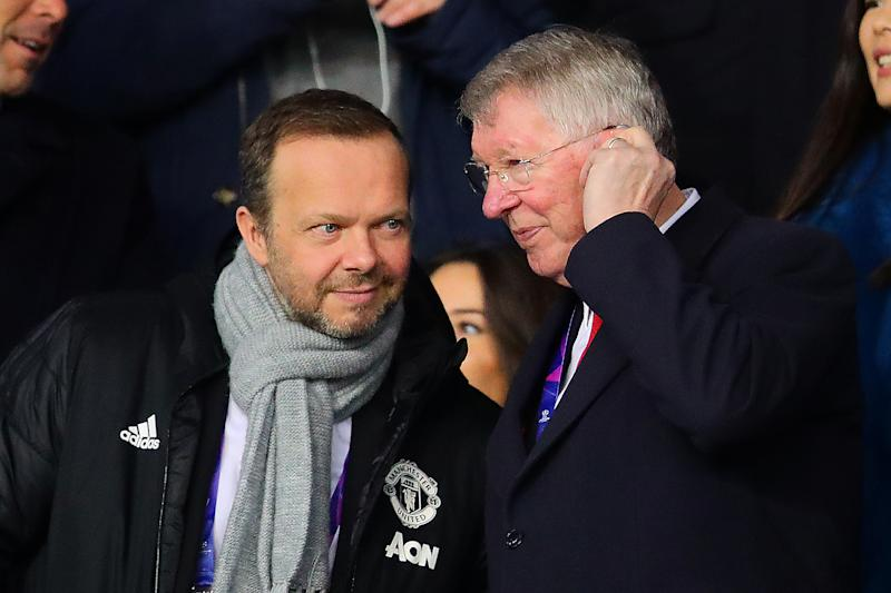 PARIS, FRANCE - MARCH 06: Sir Alex Ferguson next to Manchester United chief-executive Ed Woodward ahead of the UEFA Champions League Round of 16 Second Leg match between Paris Saint-Germain and Manchester United at Parc des Princes on March 06, 2019 in Pa