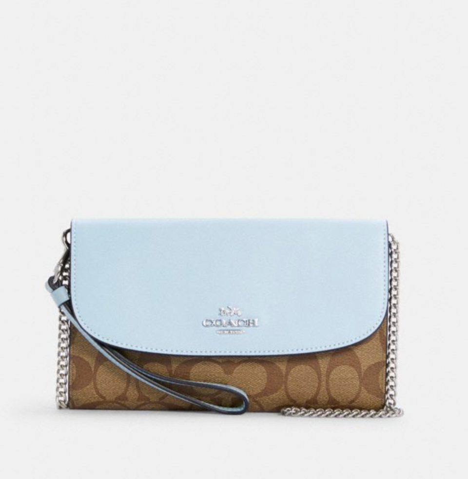 Gemma Clutch Crossbody in Signature Canvas in Khaki/Waterfall (Photo via Coach Outlet)