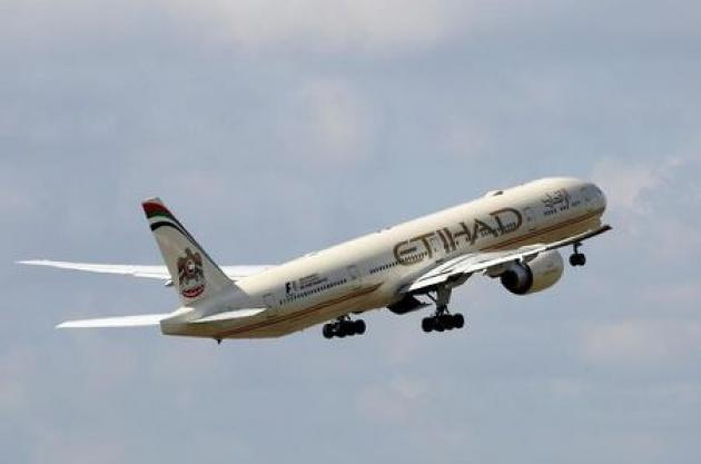 Etihad says passengers from U.S. ban countries can board