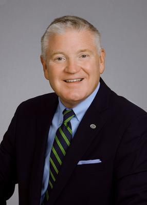 Randal R. Greene, Chief Executive Officer of Virginia Commonwealth Bank and President & Chief Executive Officer of Bay Banks of Virginia, Inc. (PRNewsfoto/Bay Banks of Virginia, Inc.)